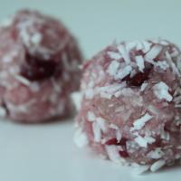 Recept: Mandelbollar med Tranbär