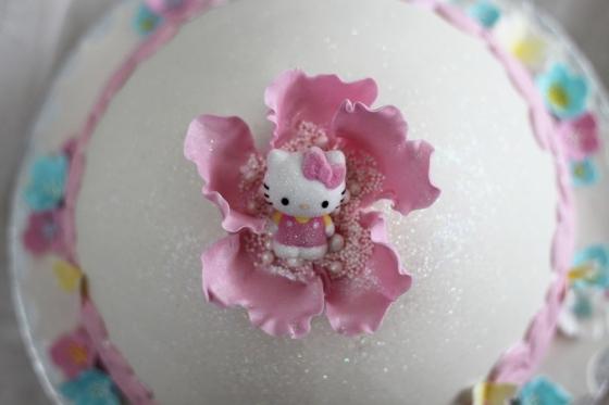 Hello kitty tårta rosa